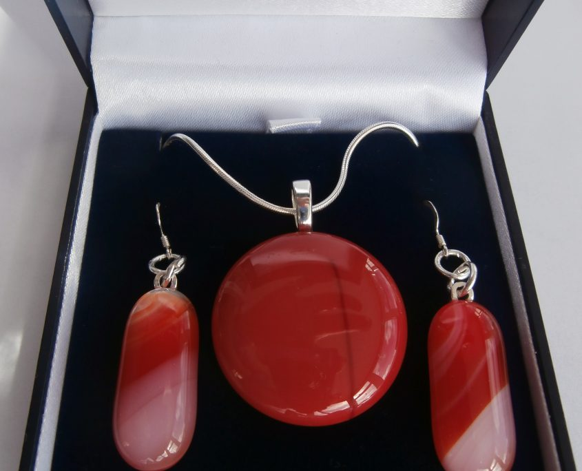 Designer glass necklace and earrings